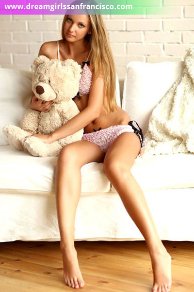 Blonde escort Inessa