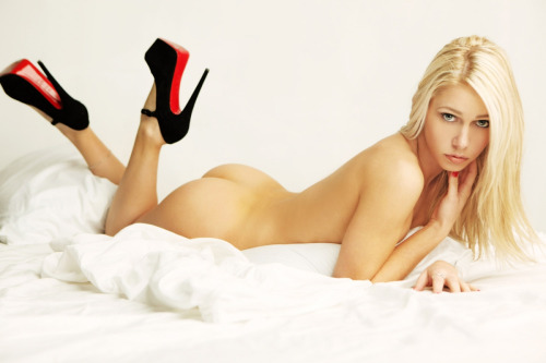 San Francisco Blonde escort Inessa